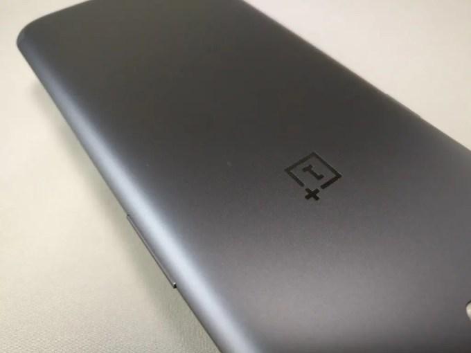 OnePlus5 裏面 アイコン