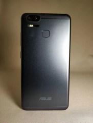 ASUS Zenfone Zoom S 裏面5