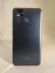 ASUS Zenfone Zoom S 裏面2