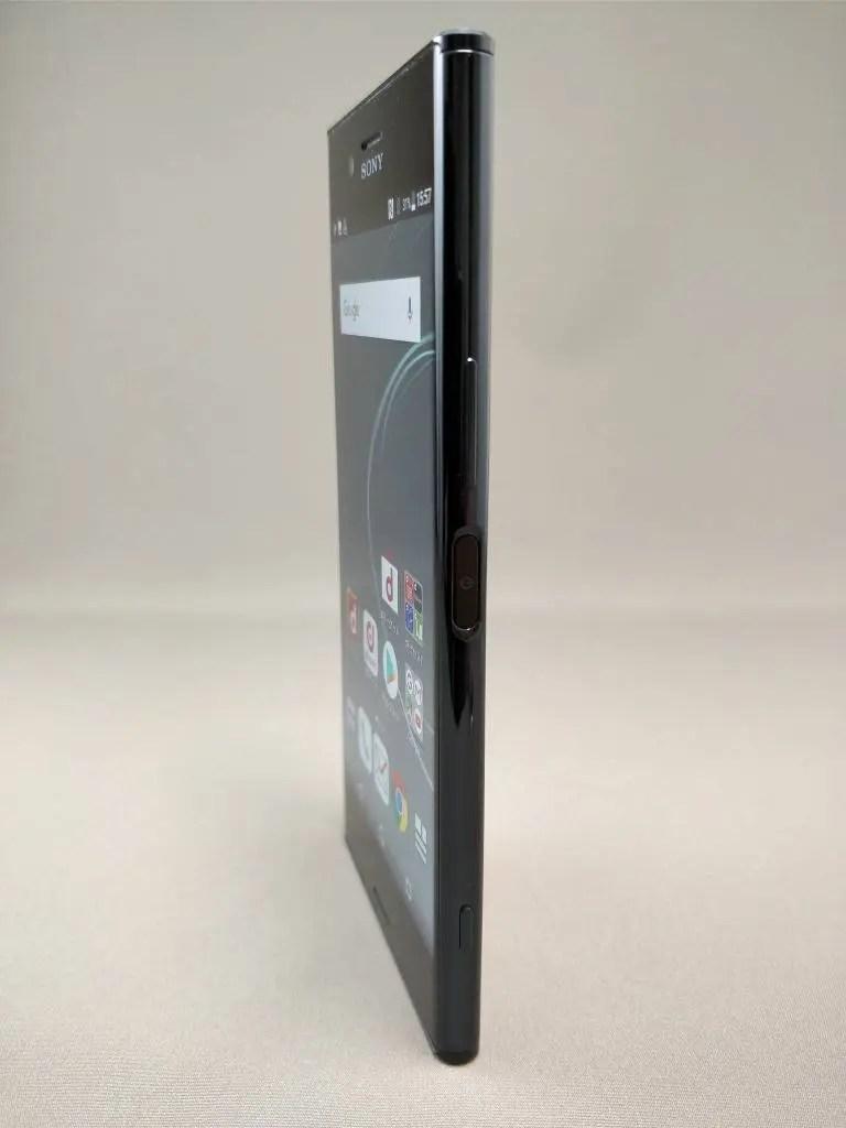 Xperia XZ Premium 表7