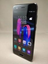 Huawei Honor 9 表 10