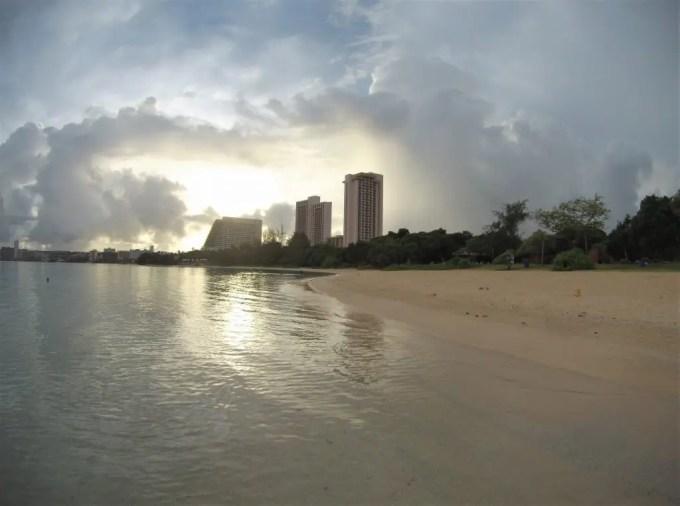 Ypao Beach の朝焼け