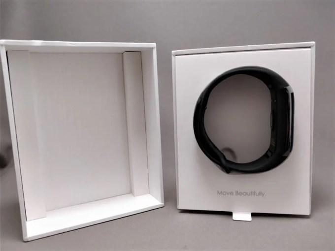 Xiaomi AMAZFIT Heart Rate Smartband 化粧箱 開封