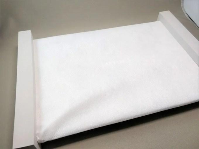 Chuwi Lapbook Air 化粧箱 開封 本体