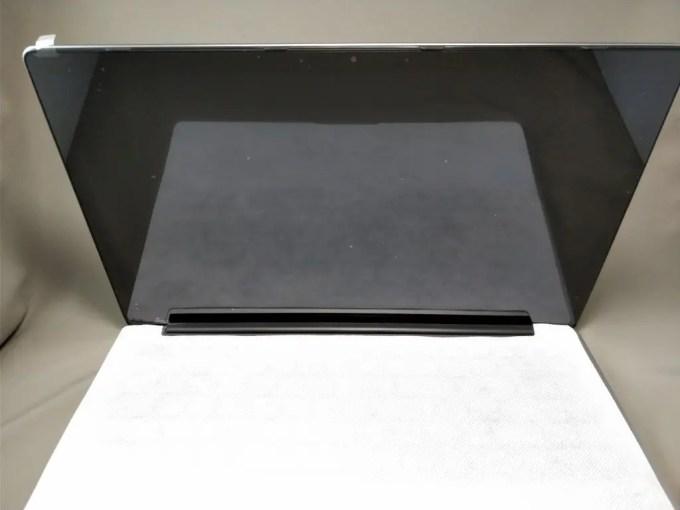 Chuwi Lapbook Air 化粧箱 本体開ける