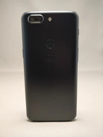 OnePlus 5T 裏面9