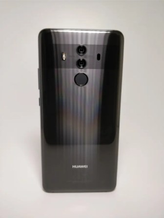 Huawei Mate 10 Pro 裏正面3