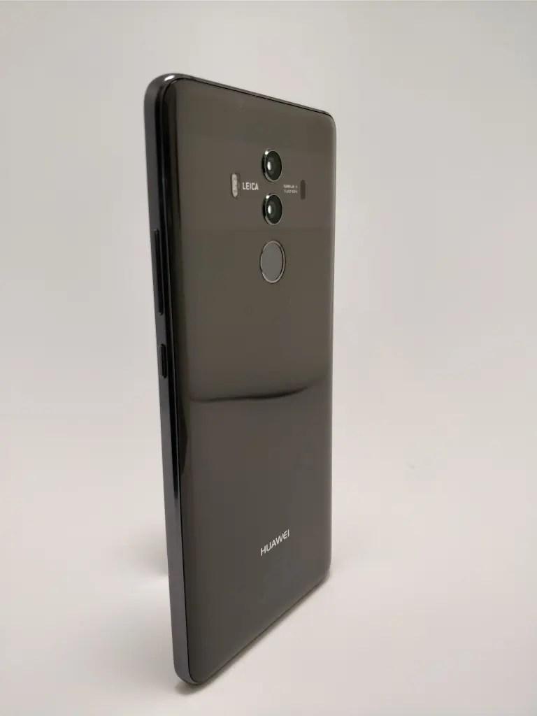 Huawei Mate 10 Pro 裏 1