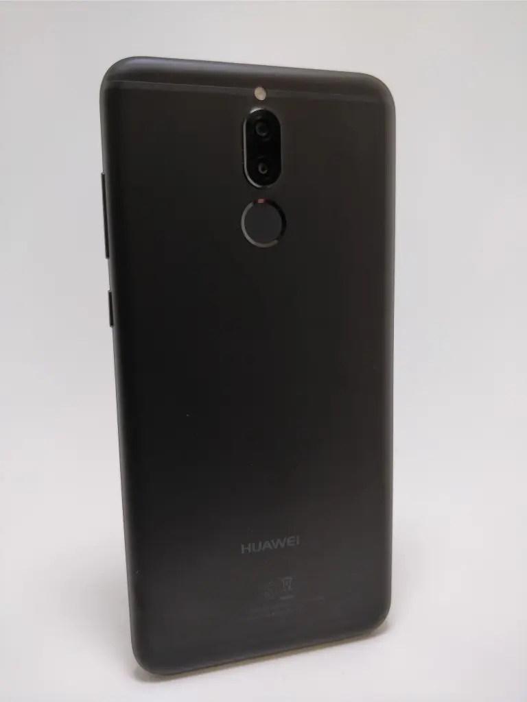 Huawei Mate 10 Lite 裏 8