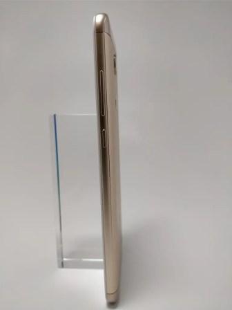 Xiaomi Redmi 5 Plus 裏 1
