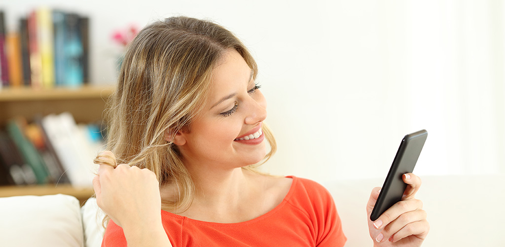 How to tell if someone likes you online dating
