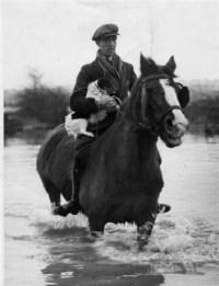 flood-evacuation-4