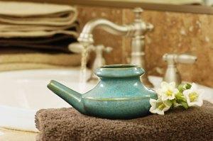 essential oils in neti pot