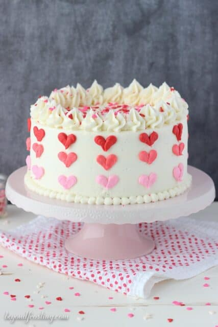 Valentine\'s Day Heart Cake