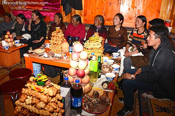 Tibetan women, losar, Tibetan party