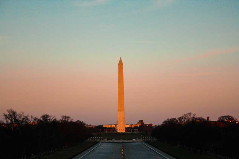 Washington-Monument-during-sunset