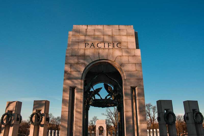 national-world-war-II-memorial-pacific-gate