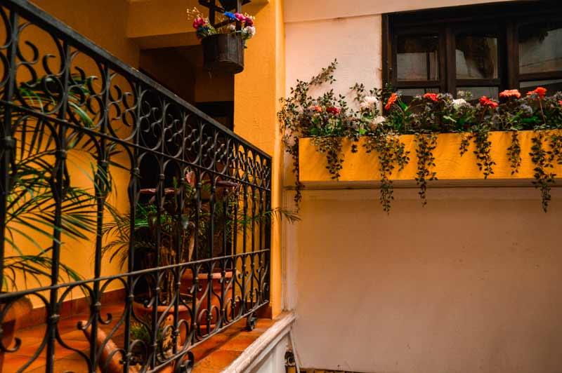 where-to-stay-in-panajachel-guatemala