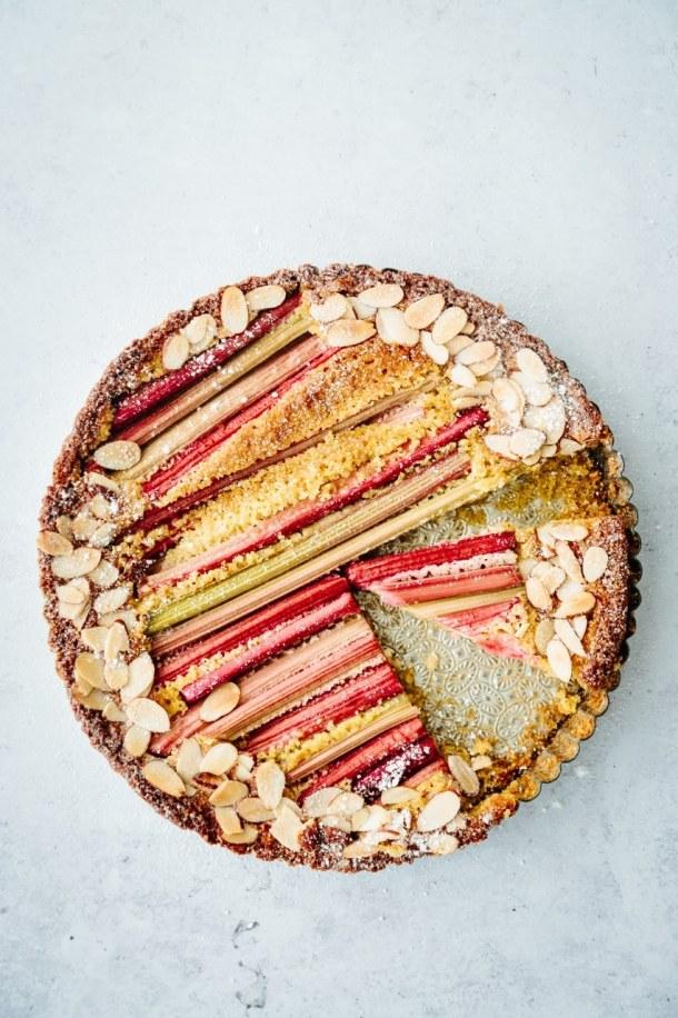 rhubarb polenta cake