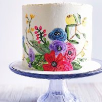 How to Paint on a Buttercream Cake