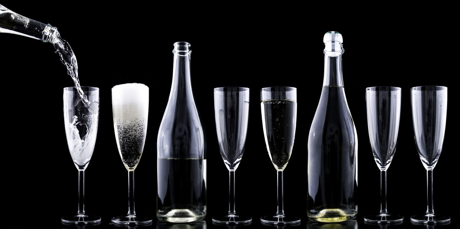 Celebrating Valentine's Day – Which bubbly to choose?