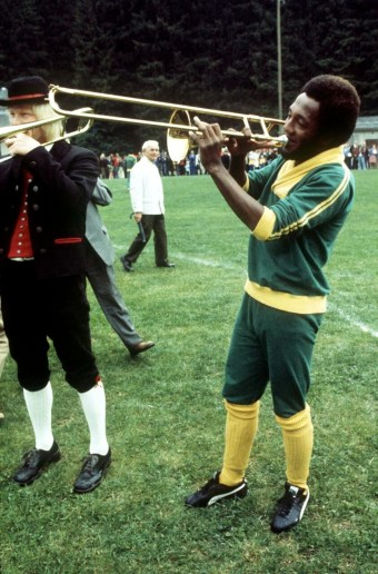 Paulo Cesar plays the trombone, World Cup 1974