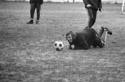 Neeskens in training