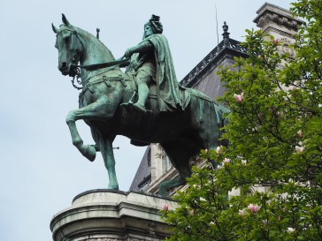 Etienne Marcel established the Hôtel de Ville on this site in 1357. His equestrian statue stands on a high plinth overlooking the river Seine.