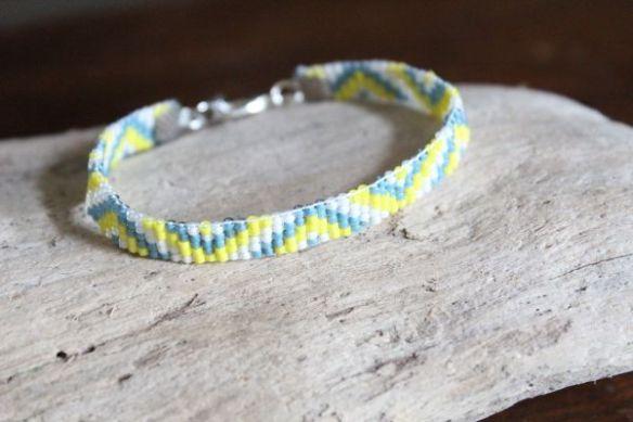 Bracelet PAUWAU, tissage de Miyuki Delicas - L'Amérindienne