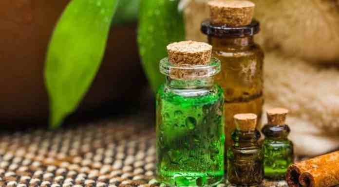 does mineral oil cause acne