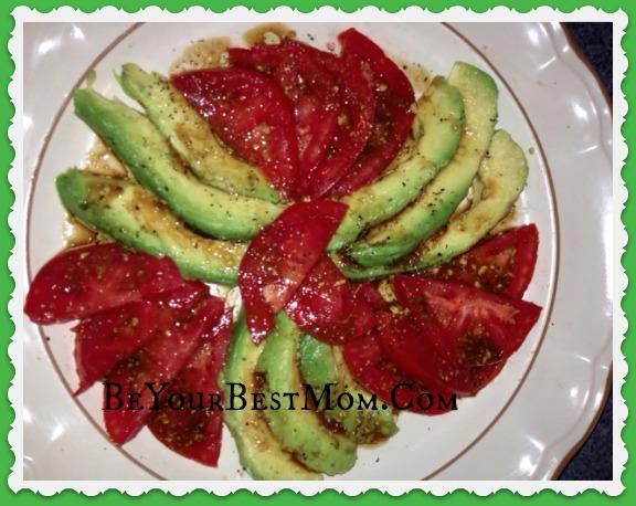 Avocado and tomatoe salad