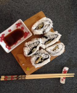 Ura-Maki Zushi (Inside Out Roll) #Sushi #Foodie