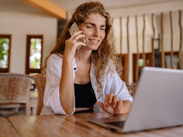5 Ways CEO's Can Successfully Conduct A Job Interview Over A Video Call By Caroline Vooght