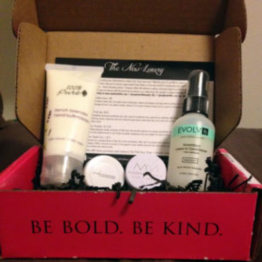 Petit Vour - January Box - Beyoutiful Beauty