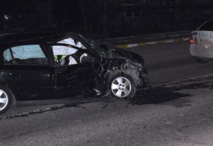 Жестока катастрофа във Враца, има загинал и тежко ранен полицай
