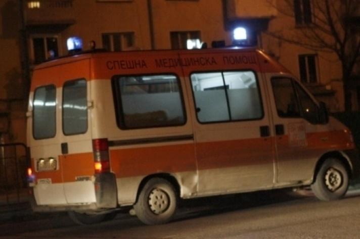 Жесток бой окървави центъра на София, скинари нападнаха араби, има ранени