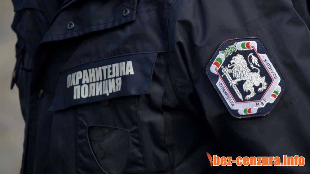 Отцепиха центъра на София заради въоръжен мъж