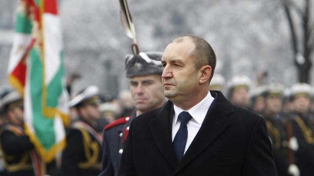 Румен Радев: Да се спрат всички помощи на циганите на 100%, без изключения. Не са бебета, за да бъдат издържани от българите!