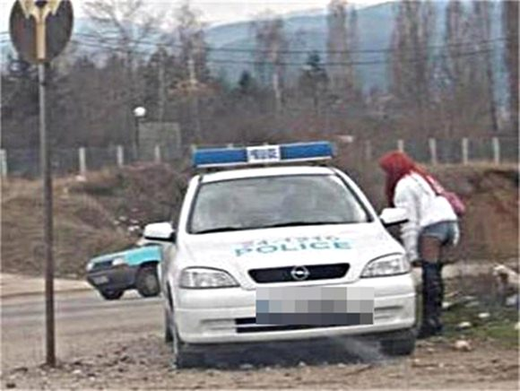 Варна на - 3 градуса проститутките на работа!