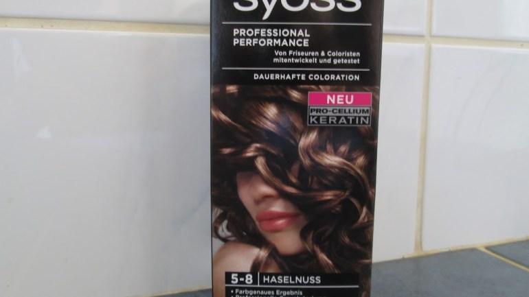 Haarfarbe: Syoss Haselnuss