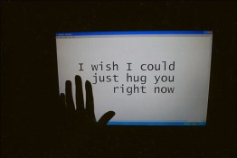 hug-igottapeenow.tumblr.com-internet-love-now-virtual-love-Favim.com-101362