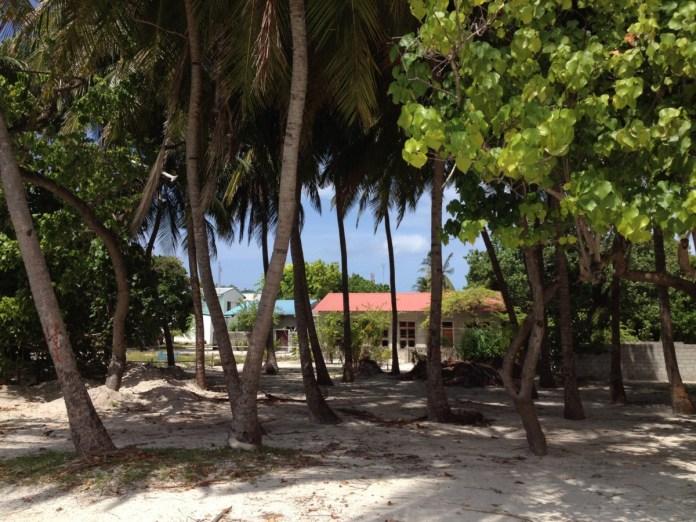 Maledivy mimo rezortu