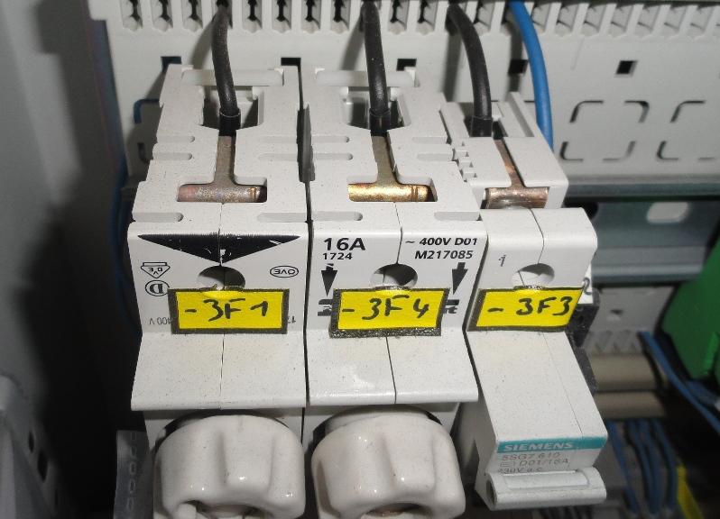 Wymagania normy PN-EN 60204-1 - brak IP22 aparatury
