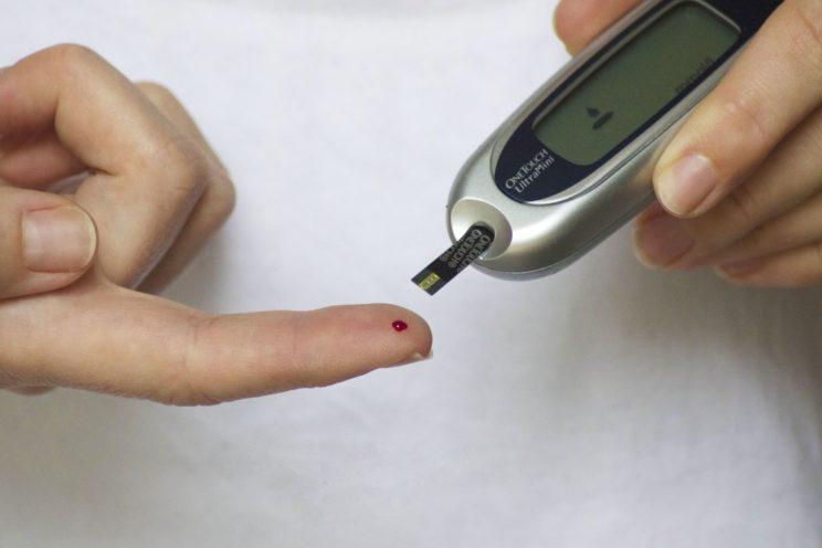 Pomiar cukru - glukometr