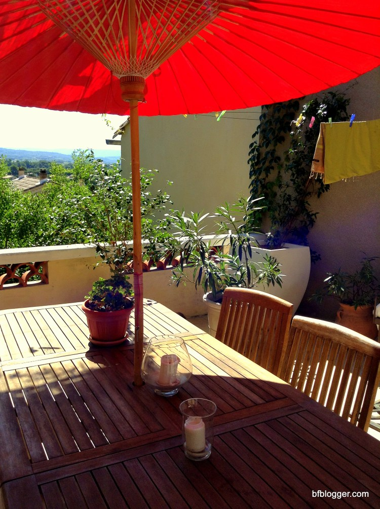 Carola's terrace in Caromb