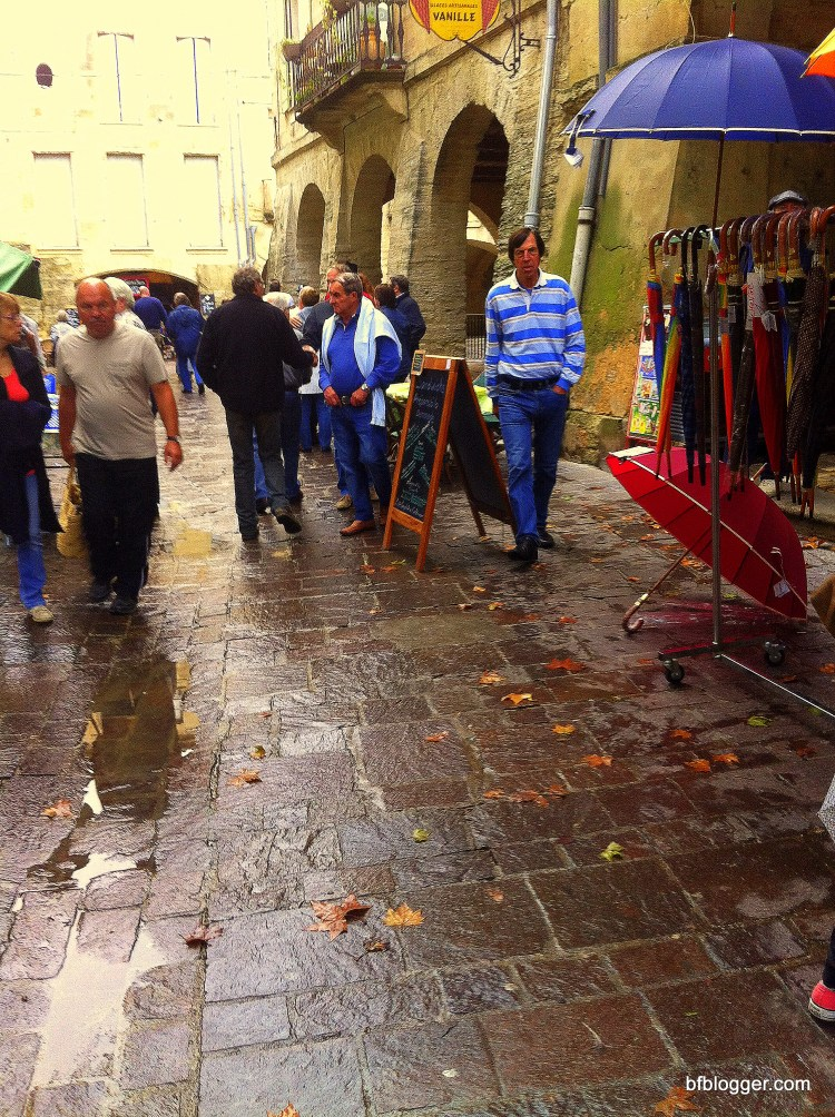 Saturday Market in Uzes after the October flood