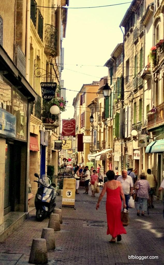 Street scene on market day in Pezenas