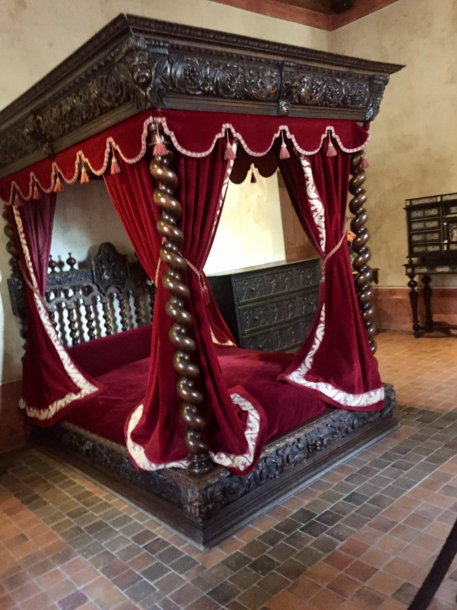 Chateau Clos Luce and da Vinci