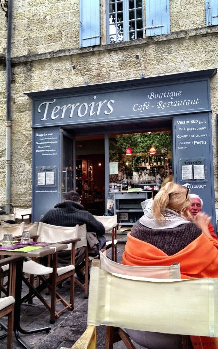 Terroirs in Uzes Place aux Herbes