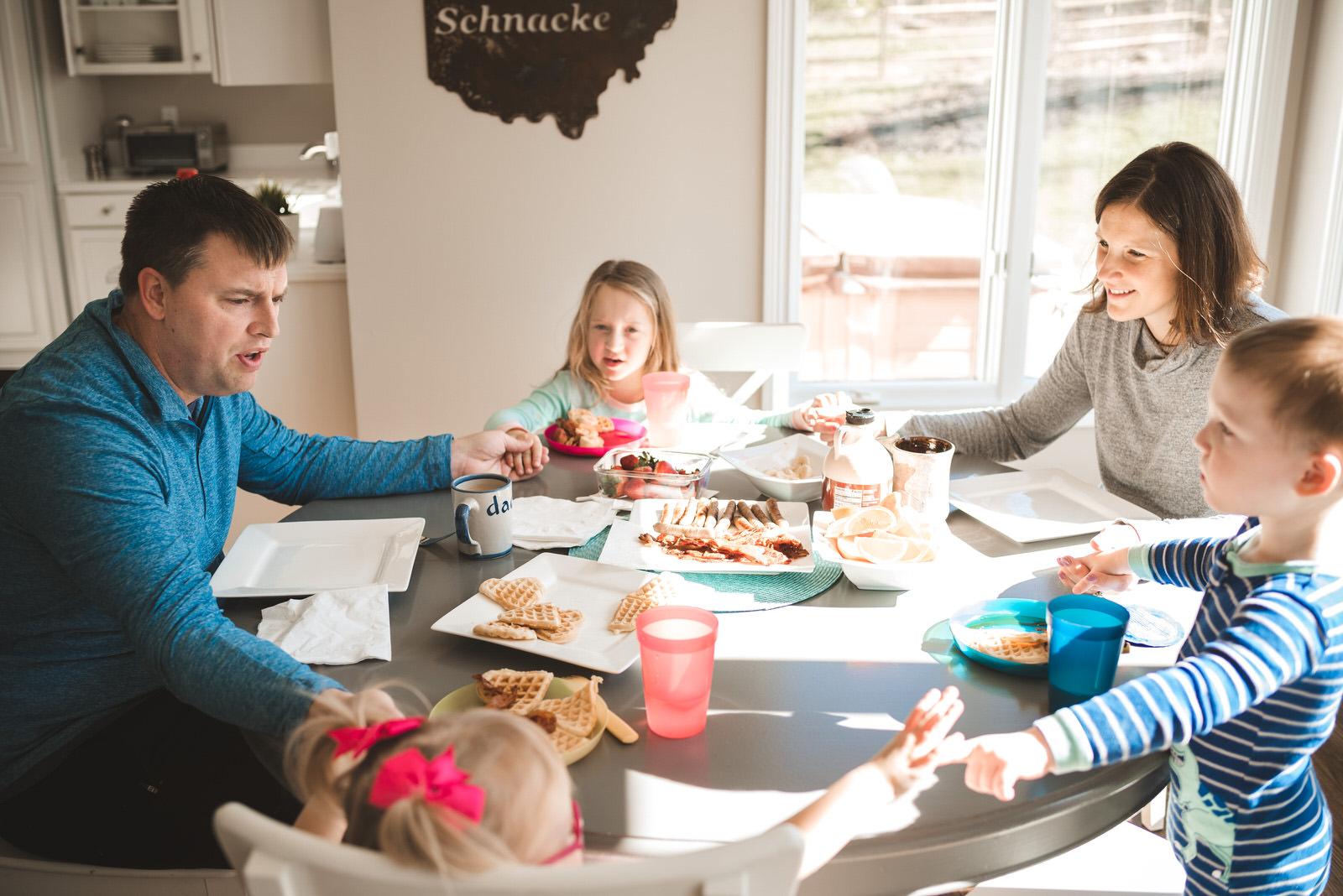 Family-photo-documentary-lifestyle